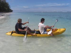 Lagoon Kayaking In Rarotonga